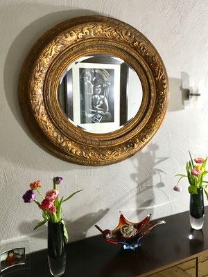Der Spiegel ist ein Flohmarktfund