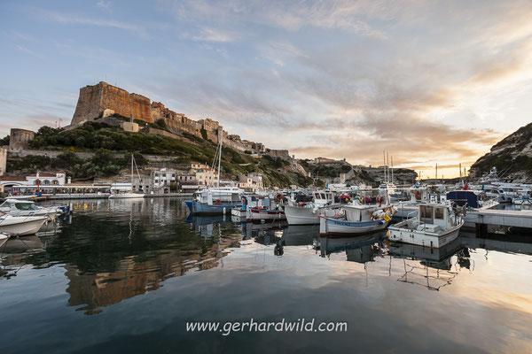 Hafen und Zitadelle mit Altstadt, Bonifacio
