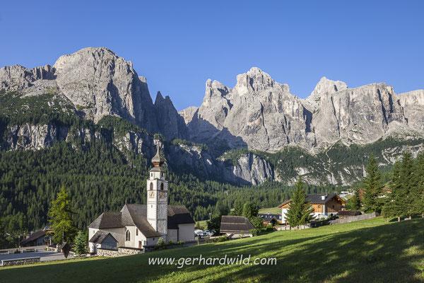 Kolfuschg, hinten Sella, Dolomiten, Südtirol