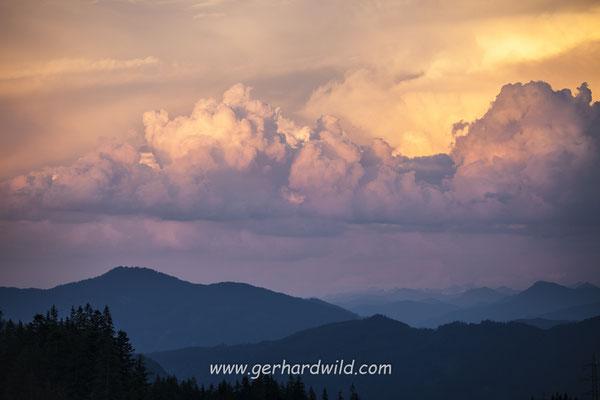 Gewitterwolken über den Alpen