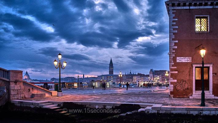 Riva degli Schiavoni ©Mick Inger