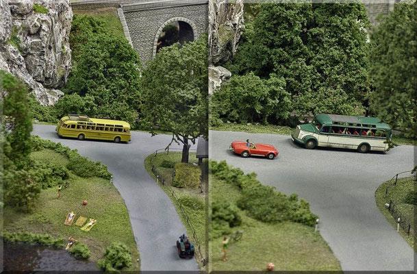 """Verkehr auf der Bergstrasse. Linkes Bild: Der Postbus """"Büssing TU11"""" ist mit Fahrgästen unterwegs in Richtung Bahnhof. Rechtes Bild: Der Omnibus """"Mercedes Benz 3500"""", begegnet einer """"Shelby Cobra"""" (auch heute noch ein Traum-Sportwagen). Autos: Marks."""