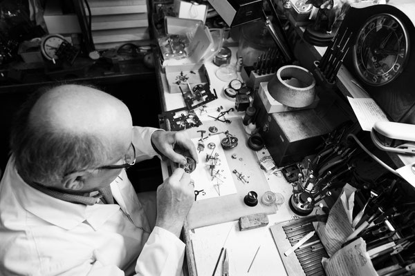 Uhrmachermeister Schwarzwald Elzach Johannes Nierholz