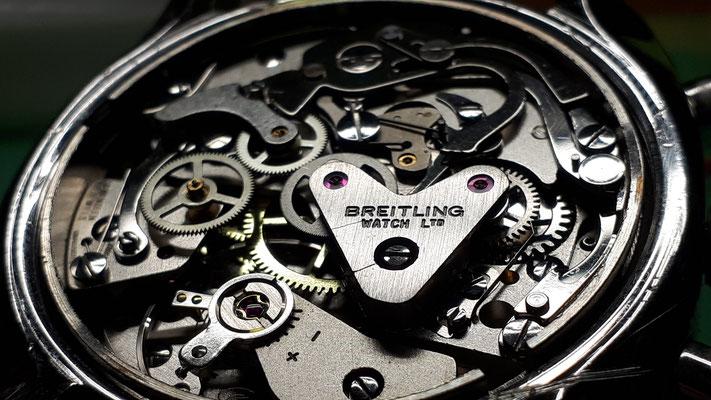 Breitling Chronographen Werk Uhrmacherwerkstatt im Schwarzwald in Elzach und Umgebung
