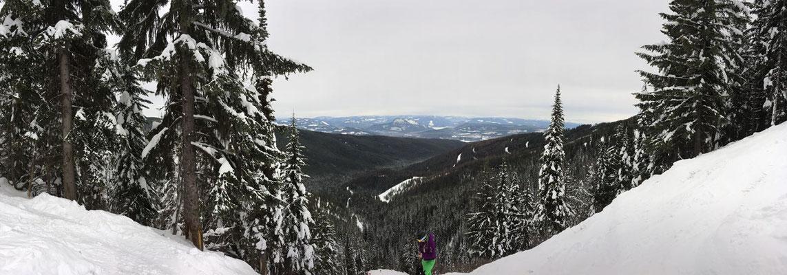 Kanadas Skigebiete bieten eine wunderbare Aussicht und viel, viel Schnee