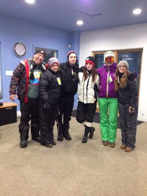 Teresa geht mit der ganzen Familie zum Skifahren