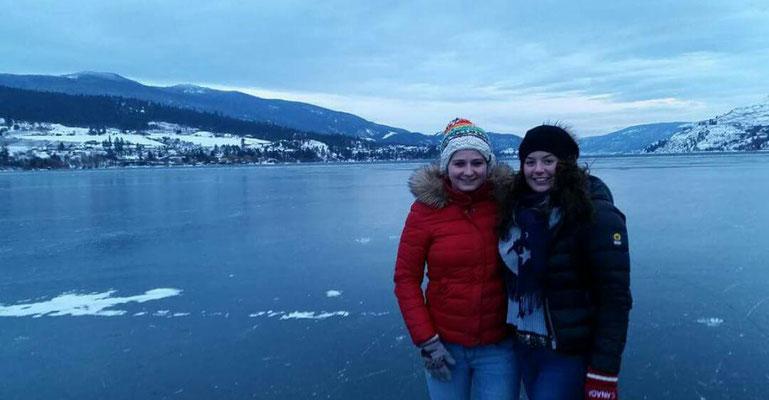 Eine einmalige Erfahrung - Schneebedeckte Hügel und der zugefrorene Kalamalka Lake