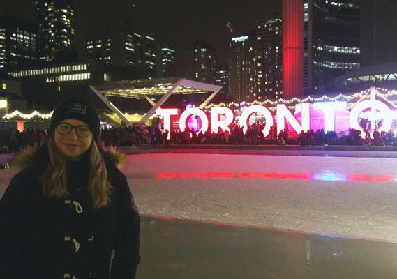 Liza ist begeistert vom winterlichen Toronto.