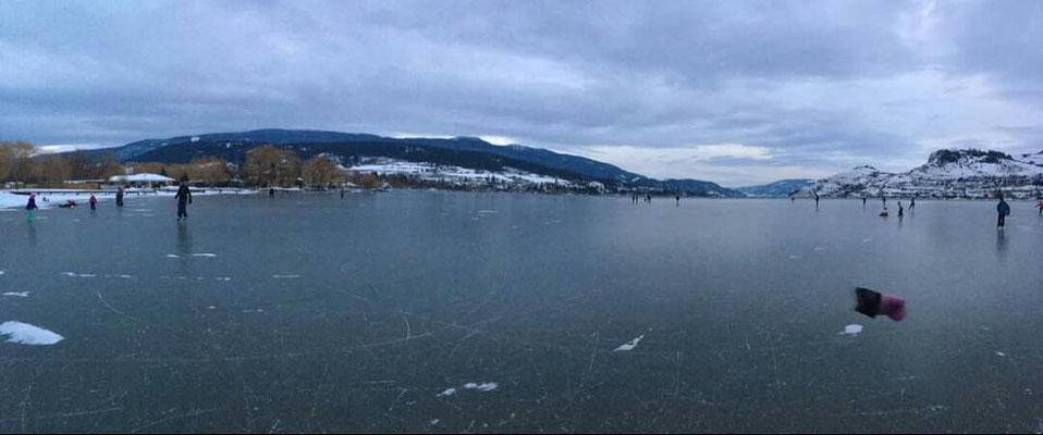 Ein Wunder, schwärmt Teresa. Nach 30 Jahren ist der Kalamalka Lake endlich wieder zugefroren