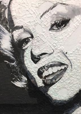 Aus verschiedenen Materialien entstand dieses Bild von Marilyn Monroe