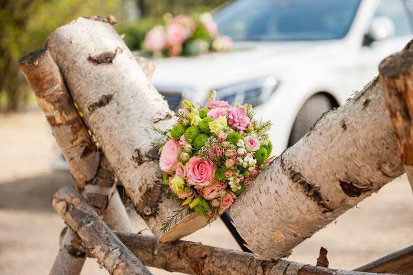 Hochzeit Görlitz Brautstrauß Hochzeitsauto