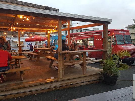 """Street Food Market """"Miramar Food Truck Park"""""""