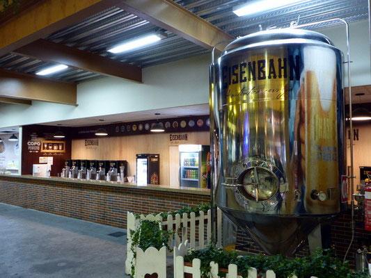 Eisenbahn, die grösste lokale Brauerei