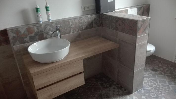 Und wieder ein neues Badezimmer, schick oder? - fliesenleger-suess ...