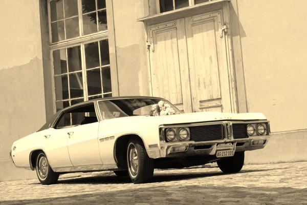 Buick Le Sabre 1970 Weiss 6 Personen  hubers-oldtimerfahrten.jimdo.com