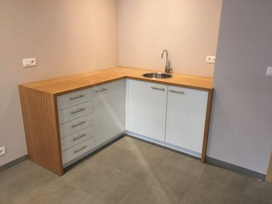 Fabrication et pose de mobiliers de cabinets médicaux