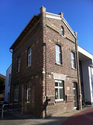 Ärztehaus Meerbusch nach der aufwändigen Fassadenrestaurierung