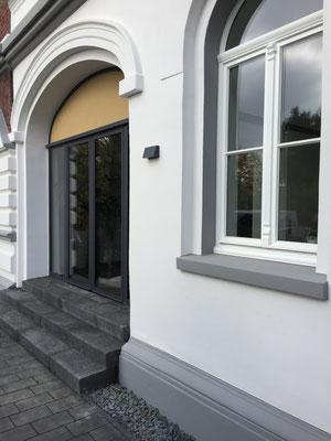 Ville Löwenburg neuer Eingangsbereich