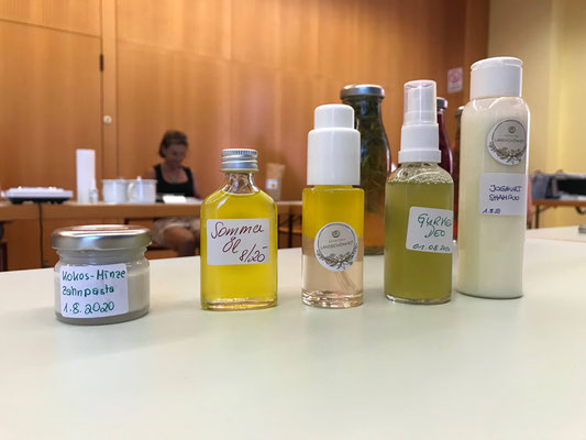 """Unsere Schätze - vollwertige, frische Hautpflege für zuhause; Projekt """"Kärntner Landschönheit"""""""