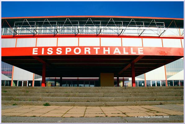 Alte Eissporthalle, 2016 abgerissen