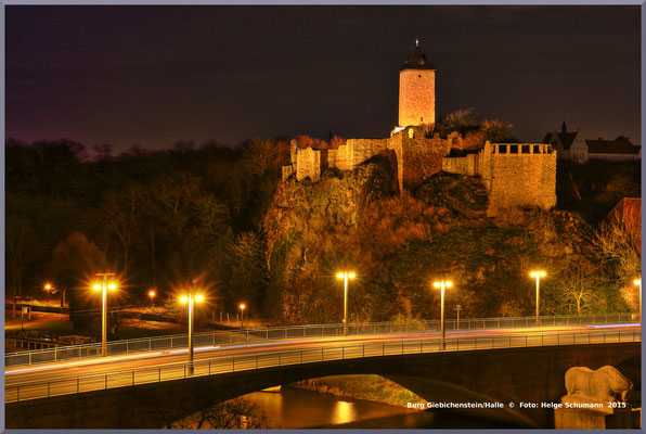 Burg Giebichenstein bei Nacht