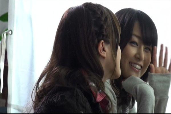 Zwar ist sie noch müde, doch Yurika bemüht sich um ihr sonniges Lächeln