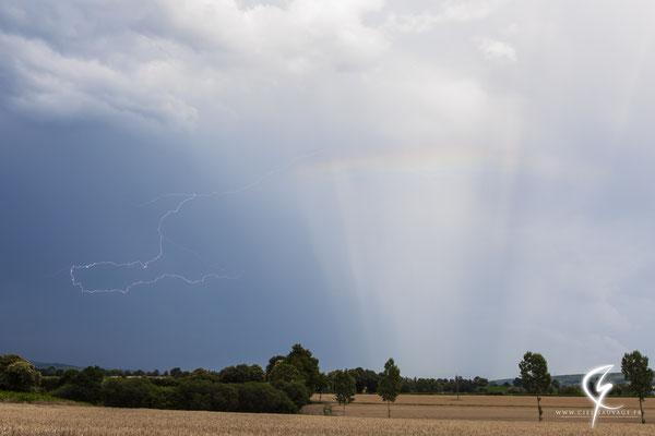 Internuageux et arc-en-ciel dans le sud Manche (50)