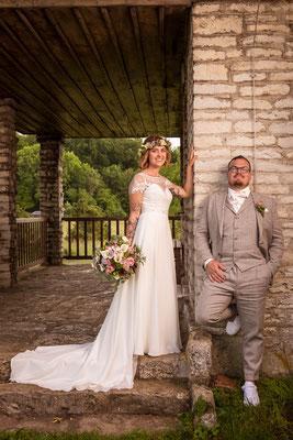 Hochzeitsshooting, Posing, wedding, Brautkleid, Hochzeitsfoto, Anzug, weiß, grau, mediterran, Shooting, Spaß, ernst, fun, Ulm