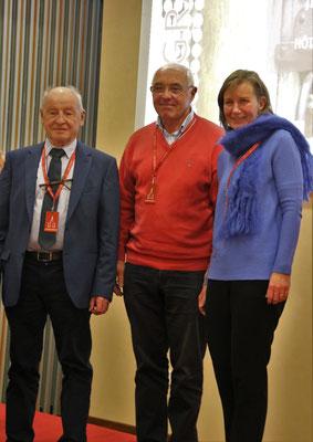 """De gàd Michel Tillie, responsable """"Eglises ouvertes"""" nord France, Marc Huynen Président fondateur, Martine van den Bergen directrice"""