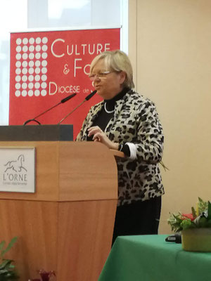 Madame Roimier, Vice présidente du Conseil départemental, Présidente de la commission de l'éducation, de la culture et du sport