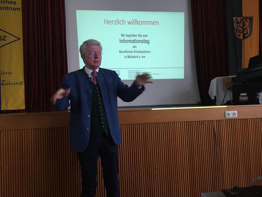 """Abgeordneter Günther Knoblauch: """"Der Beruf muss Freude machen""""."""