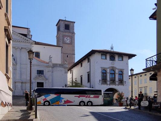 Antico Palazzo Communale Loggia, Bibliotheka Guarneriana