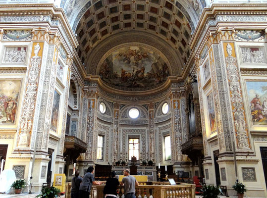 Kirche S. Andrea auf der Piazza Mantegna