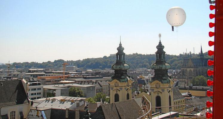 die Ursulinenkirche und der Bubble Man