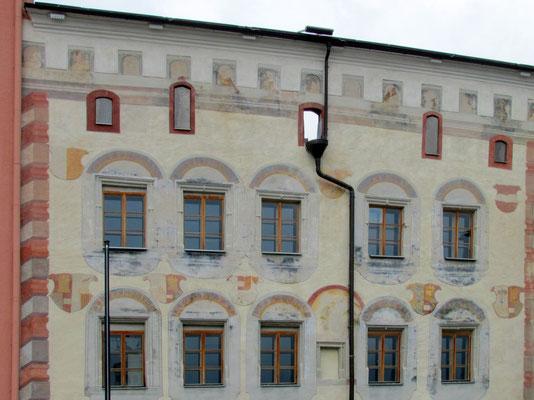 Melzerhaus mit den freigelegten Wandmalereien