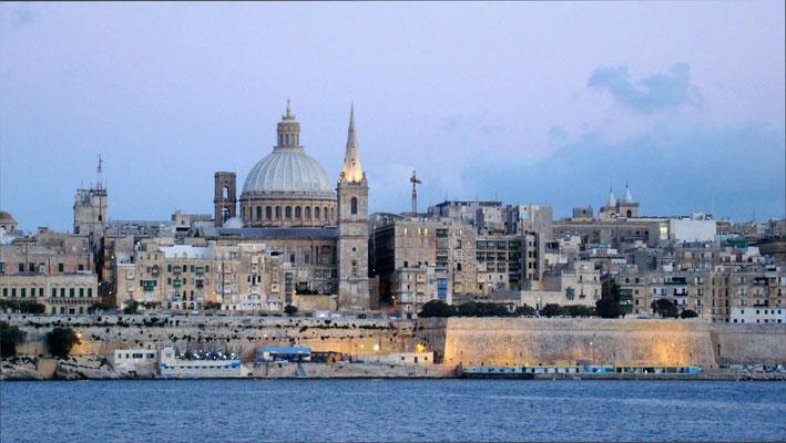 Blick nach Valletta von Sliema aus