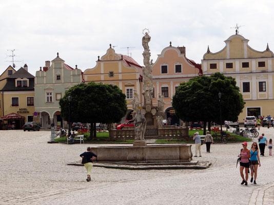 die Mariensäule am Hauptplatz