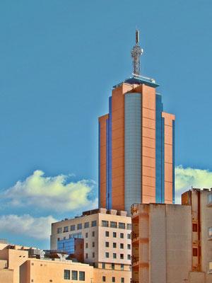 Portomaso Tower in Paceville von St.Julians aus gesehen