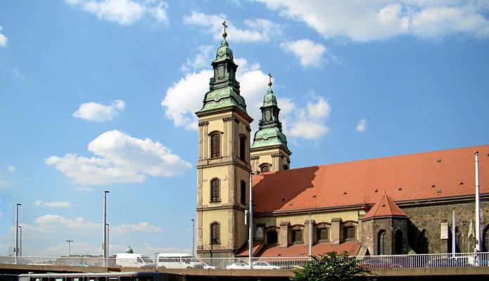 die Stadtpfarrkirche nächst der Elisabeth-Brücke