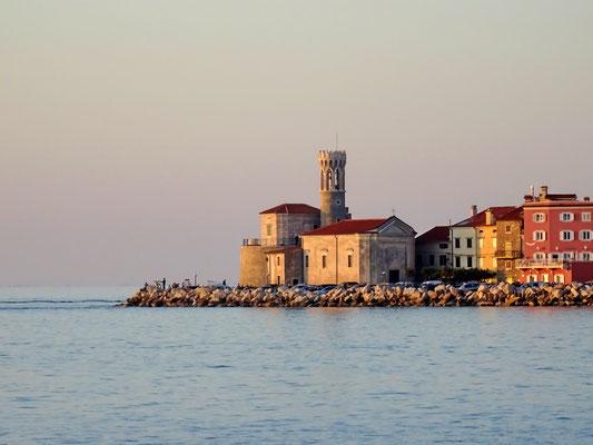 Kirche St. Clementa am Hafen