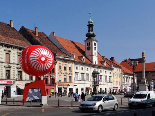 Platz - Glavni trg - Rathaus