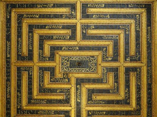 Decke im Saal des Labyrinths