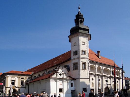 die Stadtburg mit der Lorettokapelle