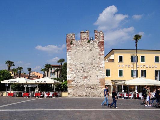 der schiefe Turm von Bardolino