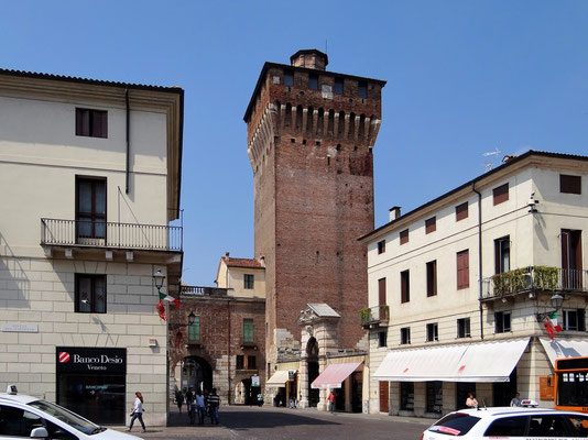 Porta Castello-Turm