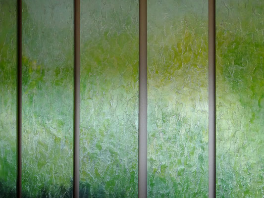 Wandvertäfelung im Restaurant