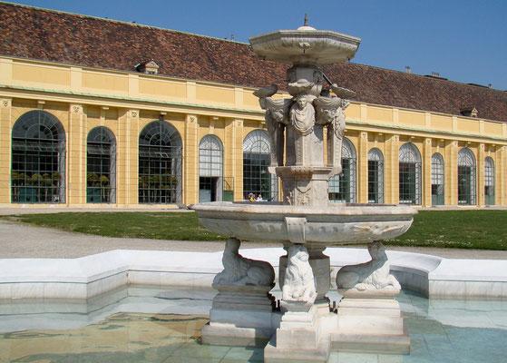 Orangerie mit Colin-Brunnen
