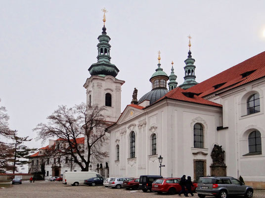 Kloster Strahov mit der Basilika Mariä Himmelfahrt
