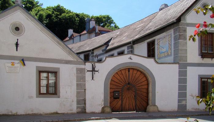 Spätmittelalterliches Ackerbürgerhaus 1455 bereits erwähnt