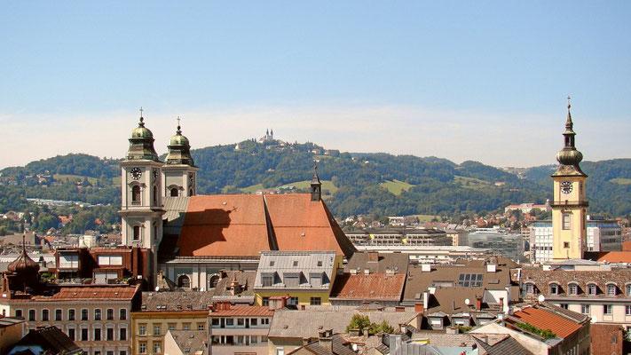 der alte Dom und die Stadtpfarrkirche